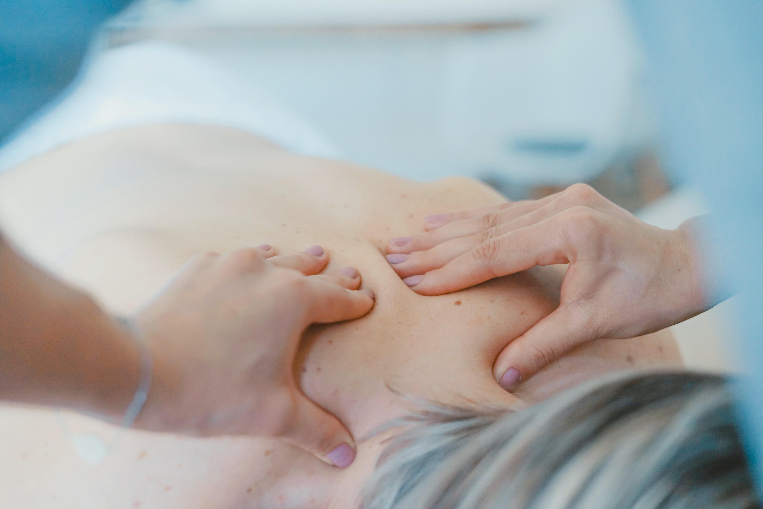 Rücken-Reinigungs-Behandlung